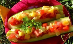 "Karen Ranzi's recipe: Cucumber ""dogs"""